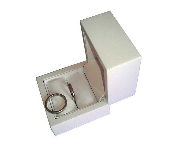 White Flip Top Single Wedding Ring Box