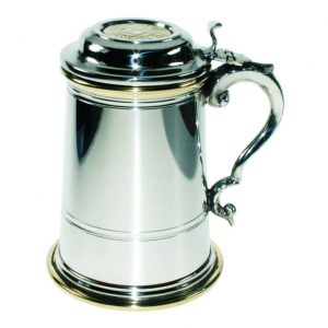 Personalised Contemporary Celtic Detail Lidded Tankard